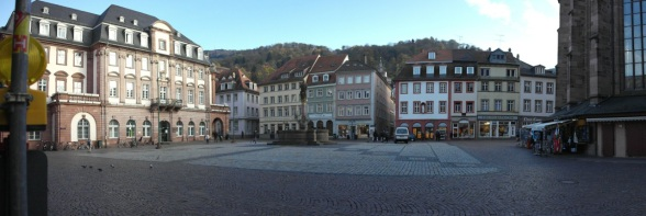 Stepping out of the courtyard on to Markt Platz...